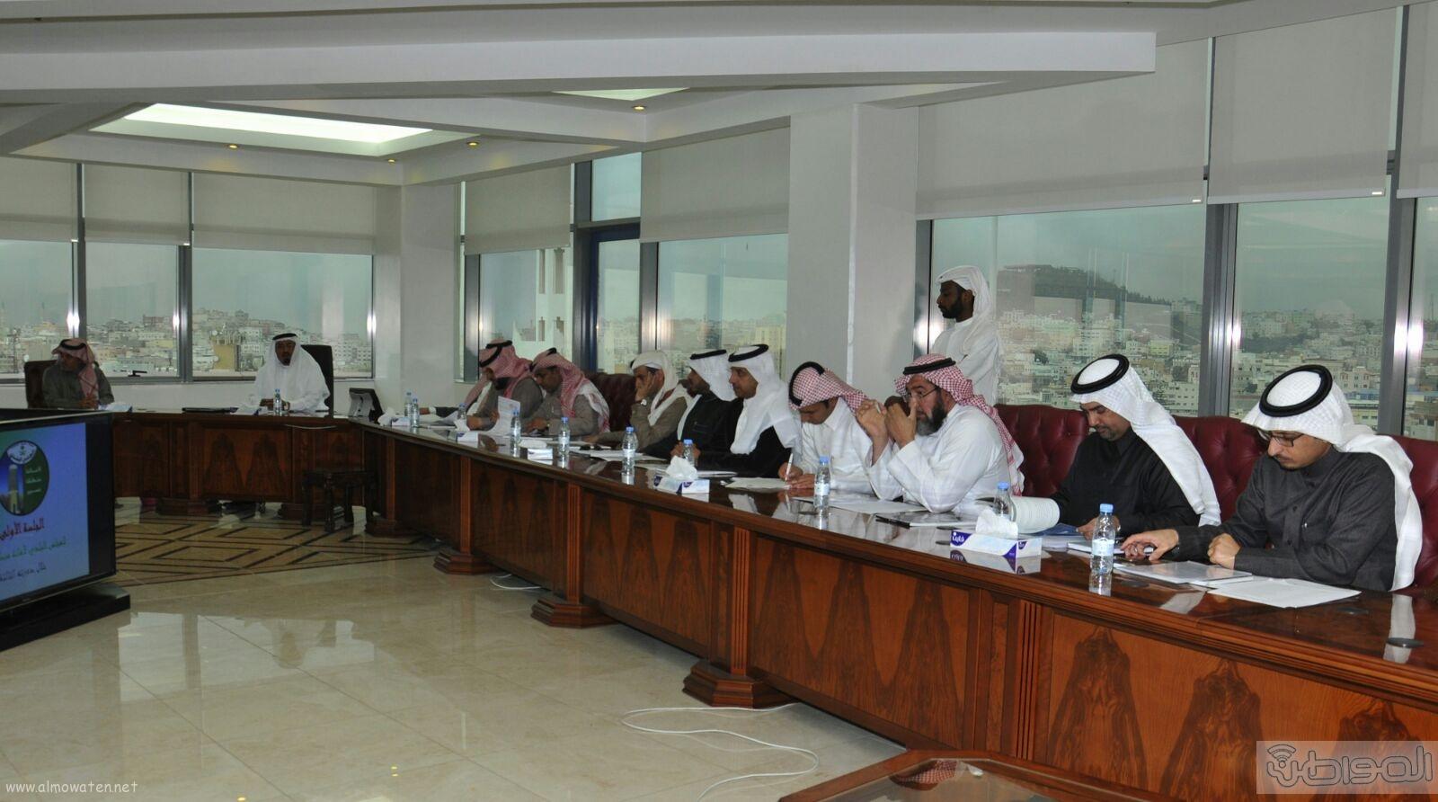 مصطفي بن عزيز رئيسا للمجلس البلدي بابها (2)
