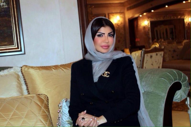 مصممة الأزياء السعودية أميمة عزوز،