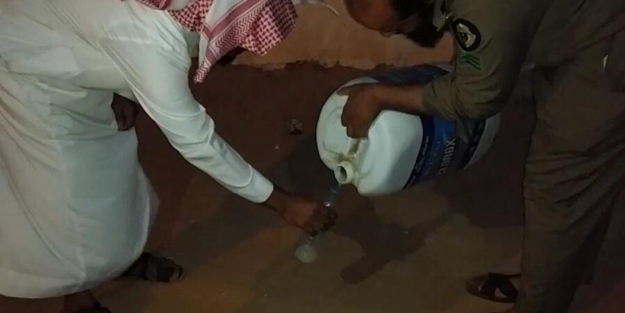 مصنع-للمسكر-بشرورة-بنجران (2)