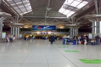 اعتقال أربعة أجانب في مدرج مطار لشبونة وتعطل الملاحة لبعض الوقت - المواطن