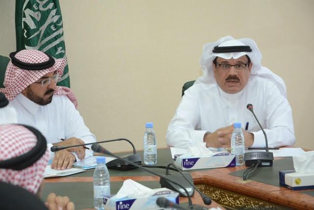 مطالبات كبيرة في لقاء الشمري بوكيل وزارة النقل حول طرق وعقاب الباحة 1
