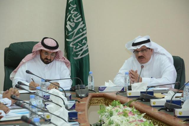 مطالبات كبيرة في لقاء الشمري بوكيل وزارة النقل حول طرق وعقاب الباحة 4