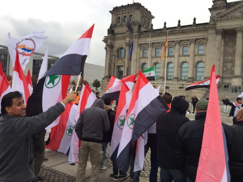 مظاهرة الاحواز امام البرلمان الالماني (13)