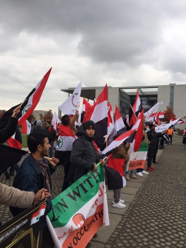 مظاهرة الاحواز امام البرلمان الالماني (6)