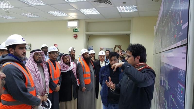 معالي محافظ المؤسسة العامة لتحلية المياه المالحة الدكتور عبدالرحمن بن محمد آل إبراهيم 4
