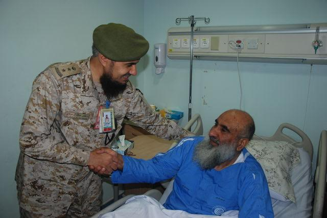 معايدة المرضى بمستشفيات القوات المسلحة بالجنوب (1) 