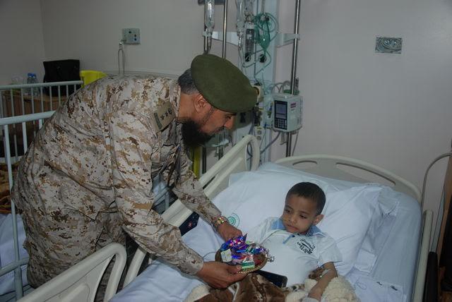 معايدة المرضى بمستشفيات القوات المسلحة بالجنوب (371034526) 