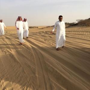 معلمون عالقون في رمال مليحة بعسير5