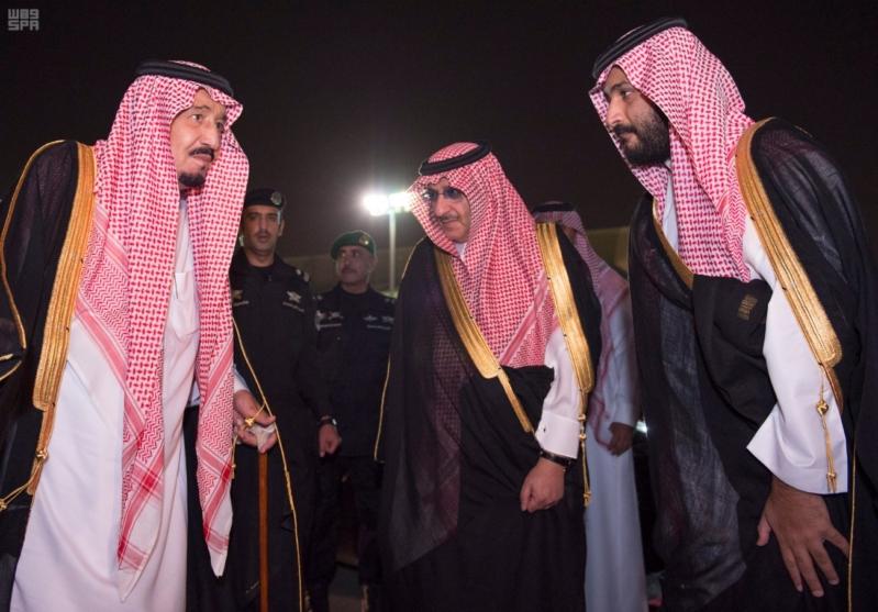 مغادرة الملك الى قطر 4