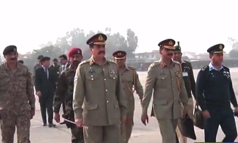 مغادرة رئيس الوزراء الباكستاني وقائد الجيش إلى السعودية (3)