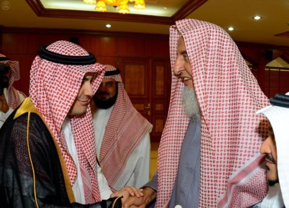 مفتي-المملكة-يستقبل-وزير-الاعلام (1)