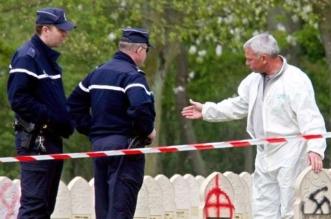 تدنيس مقابر المسلمين في سويسرا.. وعبارات تطالبهم بالرحيل - المواطن