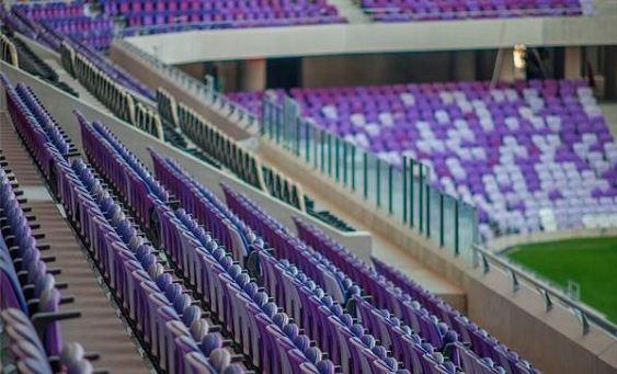 مقاعد-ملعب