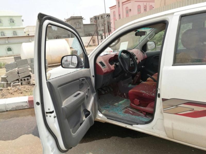 مقذوفات الحوثي بلدية الطوال (2)