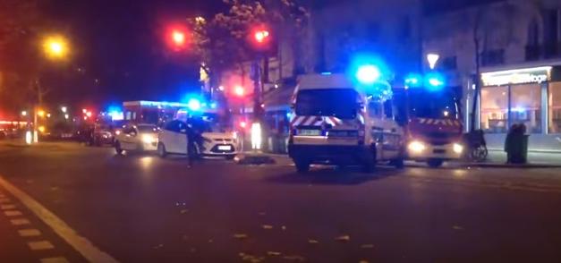 مقطع فيديو يُظهر تراجع الشرطة الفرنسية أكثر من مرة