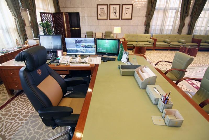 مكتب-الملك-بقصر-الحكم (4)