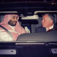 ملك الاردن يقود السيارة برفقة محمد بن سلمان
