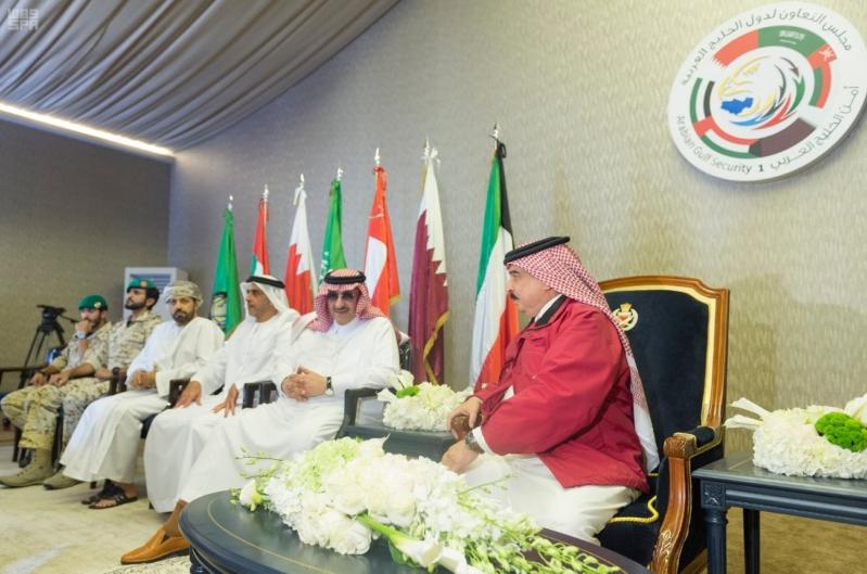 ملك البحرين يرعى اختتام امن الخليج العربي 1 بحضور ولي العهد5