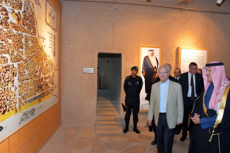 ملك السويد يزور قصر المصمك التاريخي 7