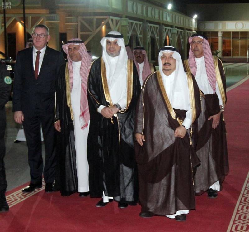 ملك السويد يصل الرياض 4