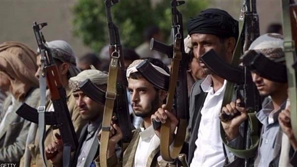 ميليشيات الحوثي تنظم دورات لتعليم الأطفال والجنود عقائدهم الطائفية