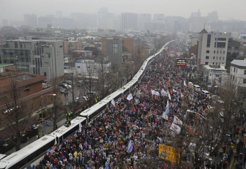 """""""مليونية"""" في كوريا الجنوبية تطالب باستقالة الرئيسة 56"""