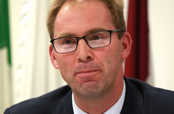 ممثل الخارجية البريطانية بمجلس العموم (البرلمان)، توبياس إيلوود