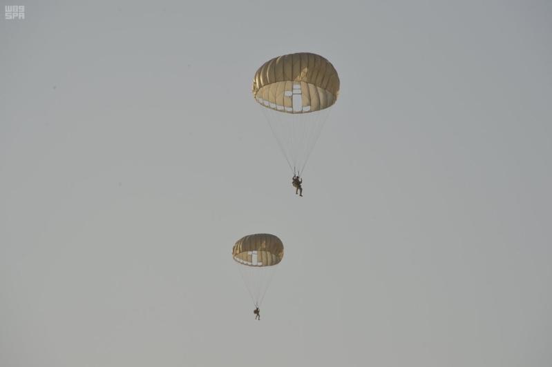 مناورات درع الخليج 11