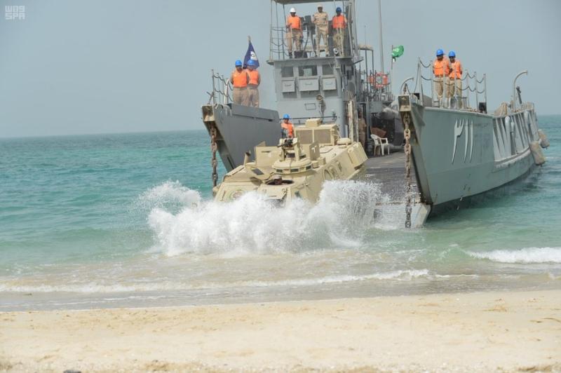 مناورات درع الخليج 4