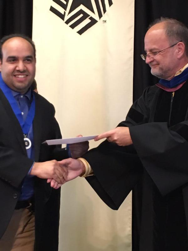 منح سعودي عضوية منظمة الشرف الأمريكية فاي كابا فاي 1