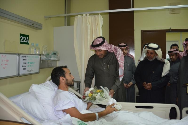 منسوبو تعليم #الرياض يزورون مصابي الحد الجنوبي (2)