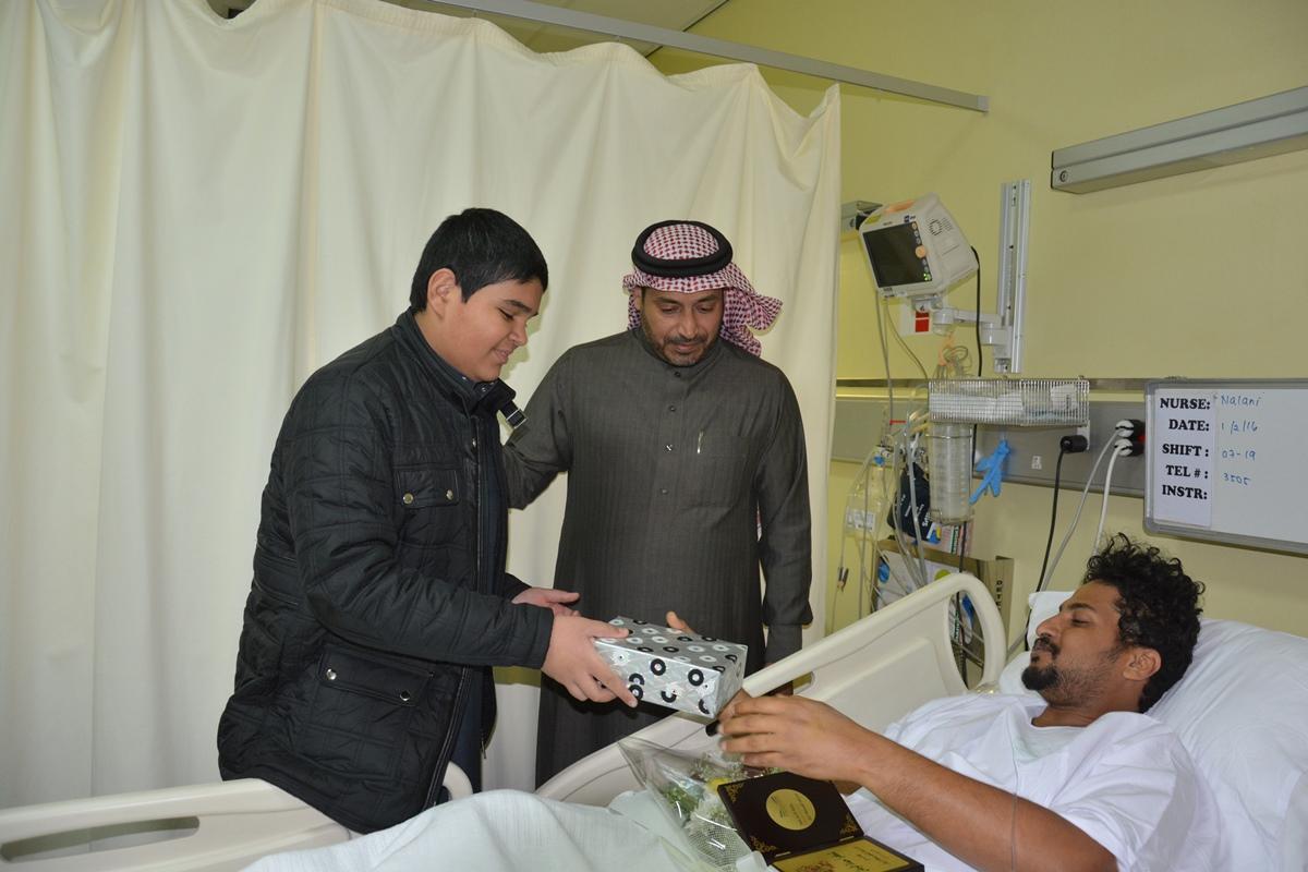 منسوبو تعليم #الرياض يزورون مصابي الحد الجنوبي (5)