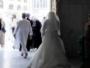 منع عروس مصرية من دخول الحرم بفستان الزفاف