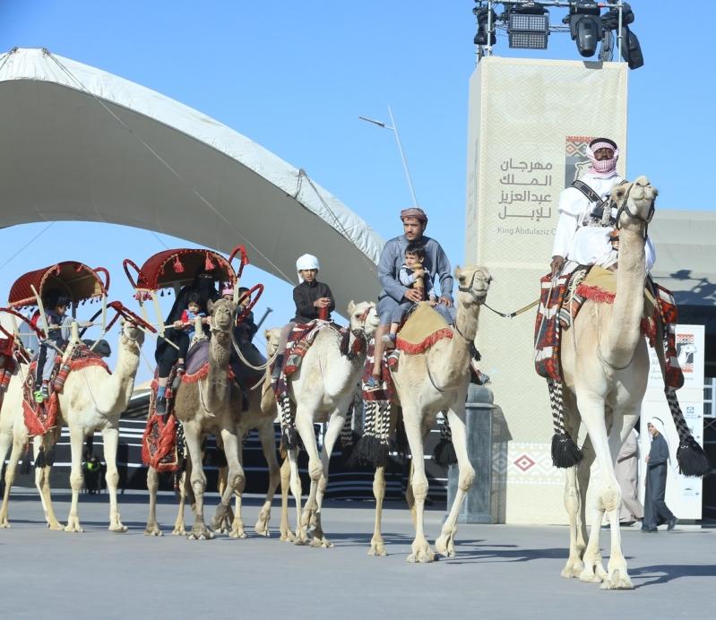 تحصين 3200 شخص ضد الإنفلونزا في مهرجان الملك عبدالعزيز للإبل