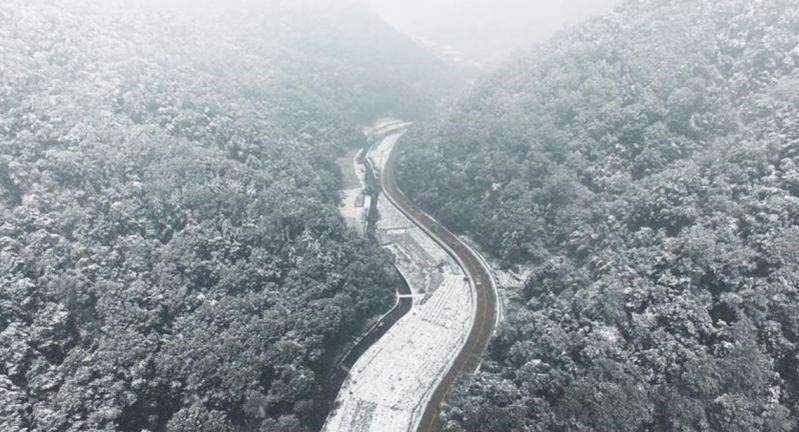 موجة طقس تاريخية تجمد الصين وكوريا الجنوبية (1)