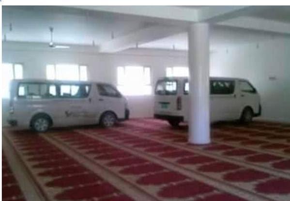 بالصورة.. #الحوثيون يحولون مساجد #صنعاء لمواقف سيارات! - المواطن