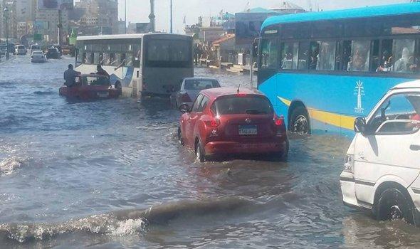 -مياه_الأمطار_تغرق_شوارع_الإسكندرية_للمرة_الثانية