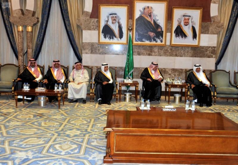 مير منطقة مكة المكرمة يستقبل المعزين في وفاة الأمير محمد بن فيصل