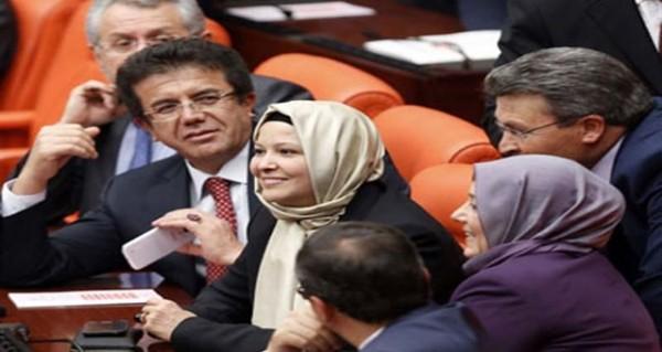نائبات بالحجاب  في البرلمان التركي