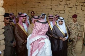 بالصور.. نائب أمير الجوف يستمع لتاريخ المواقع الأثرية والبحيرة في دومة الجندل - المواطن