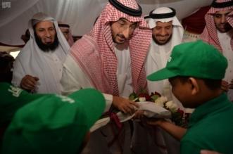 """بالصور.. نائب أمير مكة يشارك أيتام """"كافل"""" مائدة الإفطار ويقدم هدايا لنحو 100 يتيم - المواطن"""