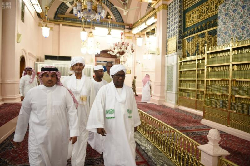 نائب رئيس جمهورية السودان يزور المسجد النبوي 1