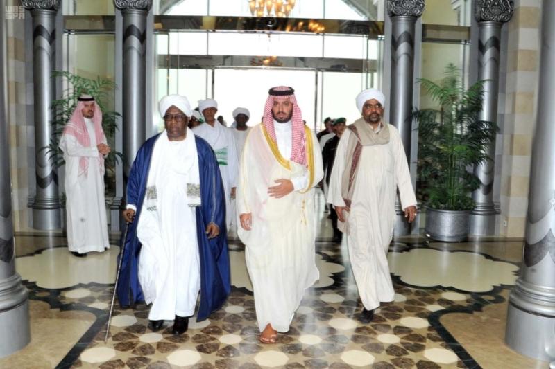 نائب رئيس جمهورية السودان يصل جدة 2