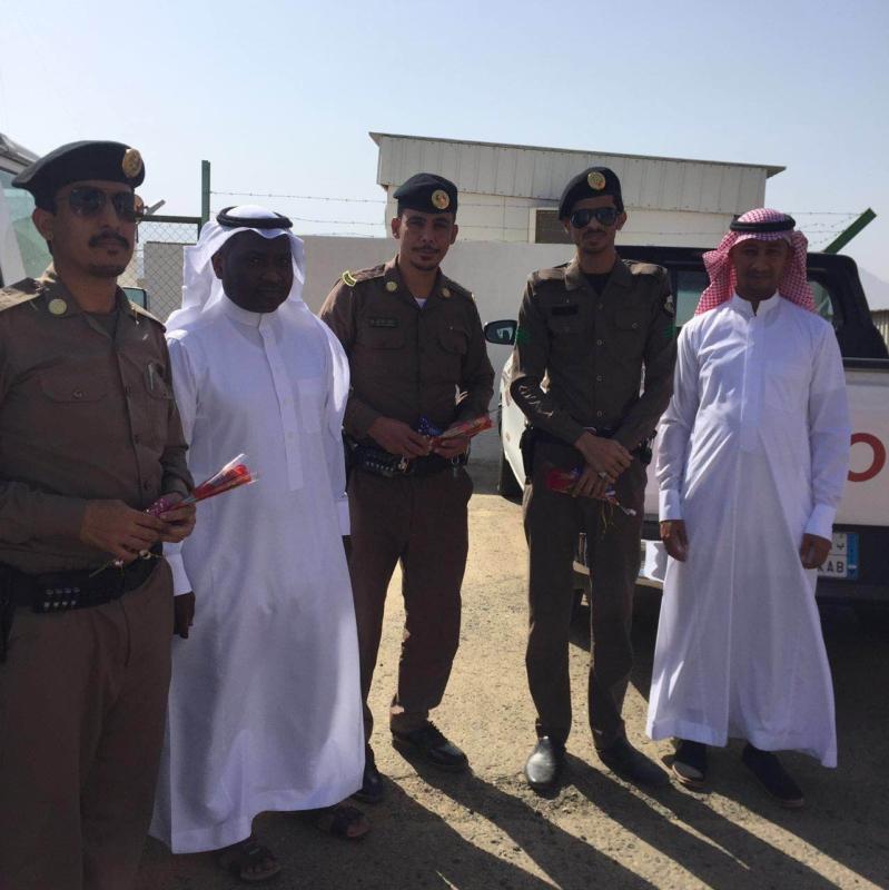نادي الحي بثريبان يشارك رجال الأمن  (1)