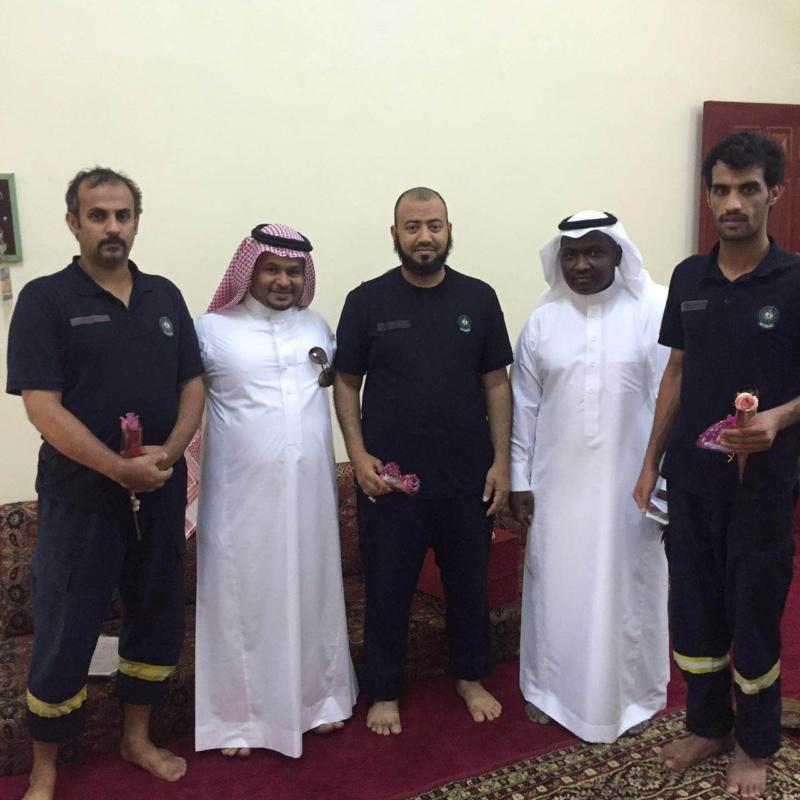 نادي الحي بثريبان يشارك رجال الأمن  (371036565) 