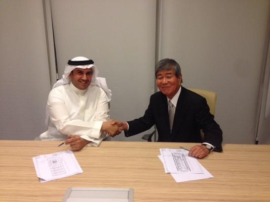 نايف بن صالح الراجحي مع رئيس شركة نيكين سكاي اليابانبة