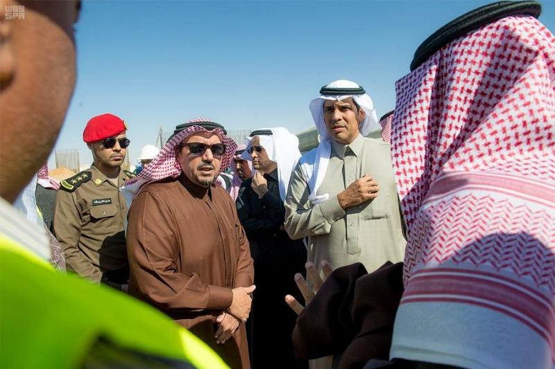 نفق الملك عبدالله وتقاطع الخماسية وعدداً من مشاريع وزارة النقل ببريدة5