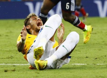 البرازيل تواجه المانيا بدون نيمار والقائد تياجو سيلفا