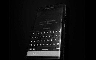 هاتف-بلاك-بيري-جديد