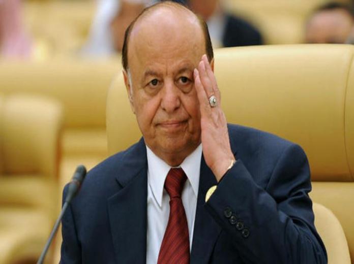هادي يُشدد على ضرورة مواصلة تأهيل الجيش اليمني